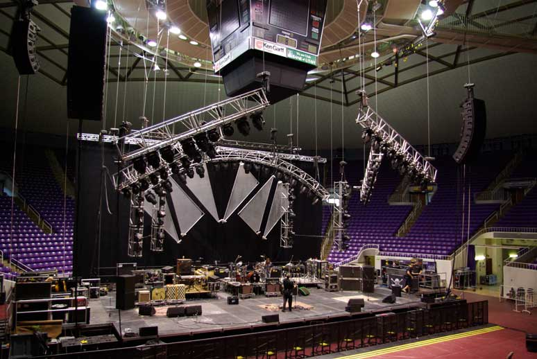 Entertainment Rigging Done By The Voice Installations